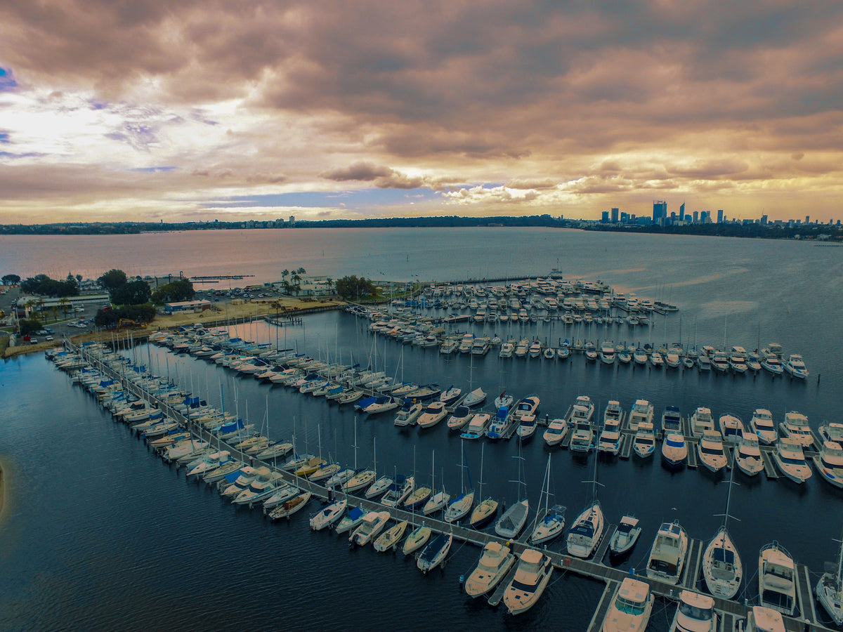 Storms Coming In - South Perth Yacht Club