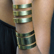 Load image into Gallery viewer, SB199 18k Gold Plated Cuff Bracelet