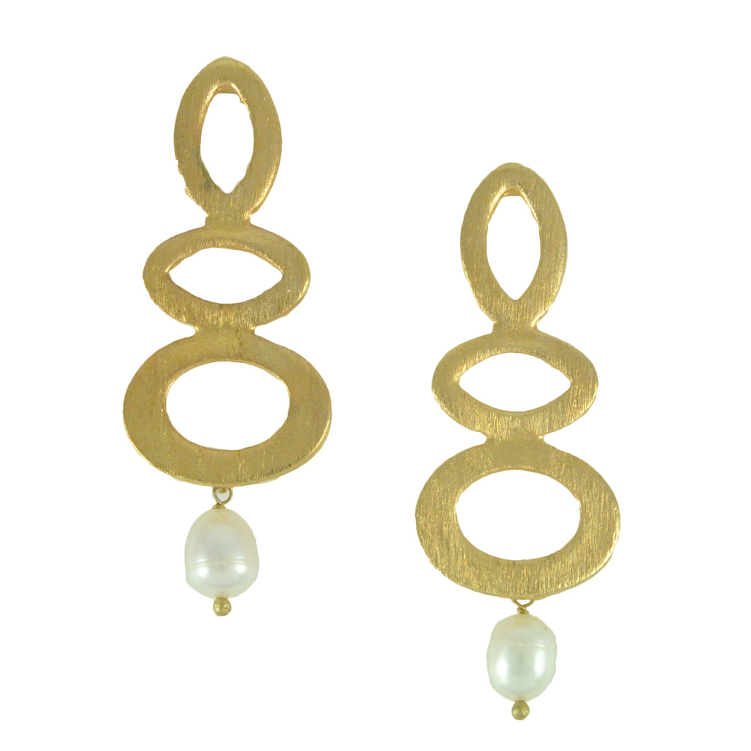 SE443FP Gold Plated Earrings with Coral