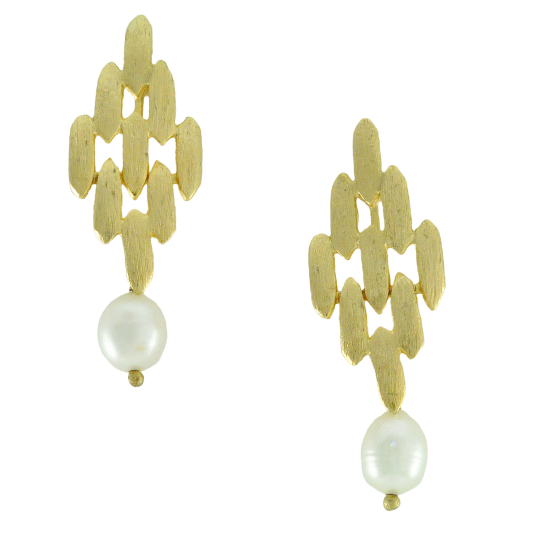SE492 Earrings with Fresh Water Pearls