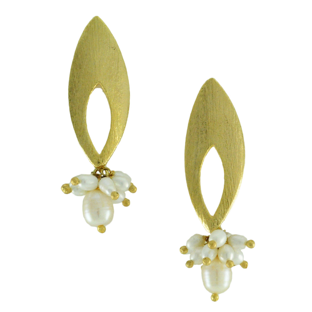 SE636 18k Gold Plated Earrings with Fresh Water Pearls