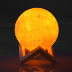 Magic Touch Full-Moon Lamp (2 Changing Colors)