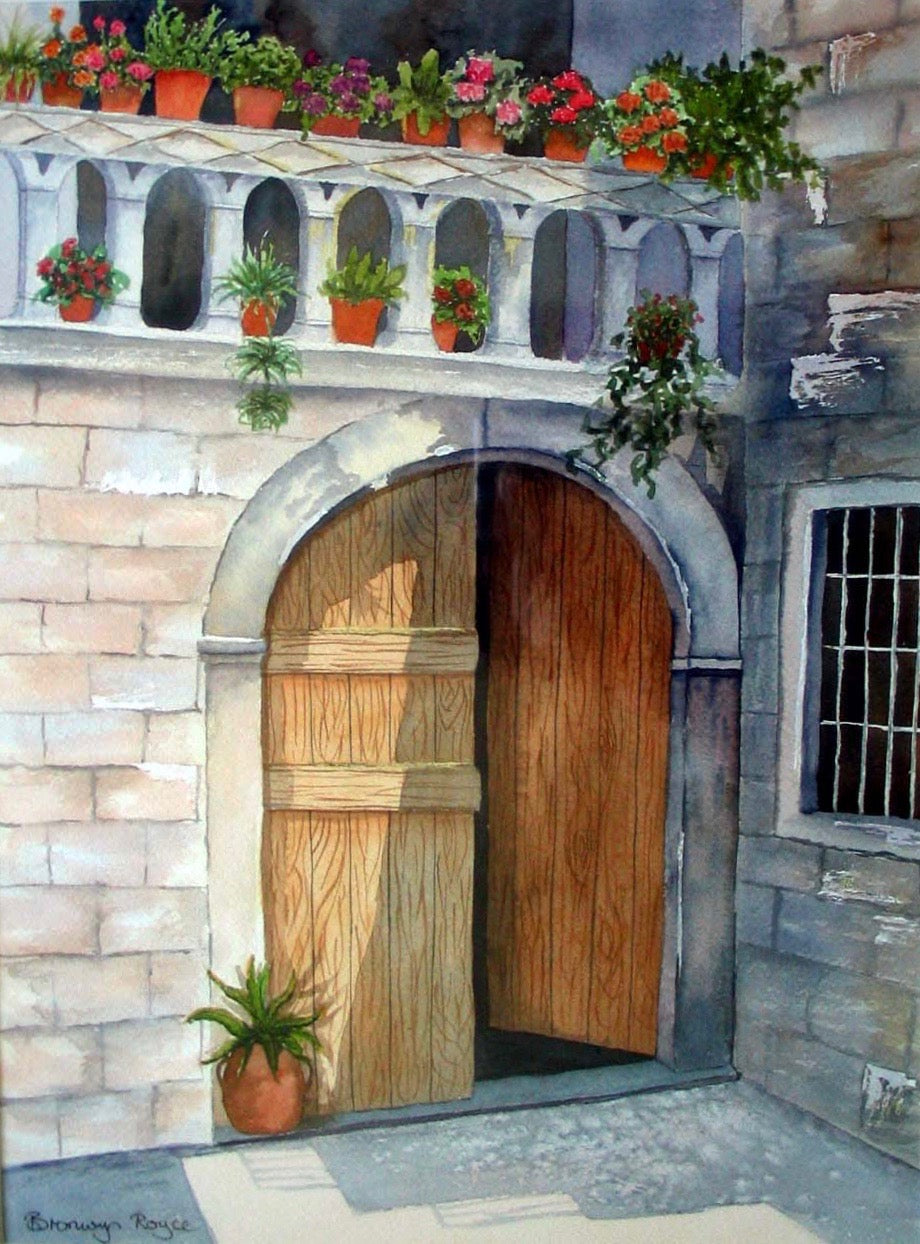 Arched wooden doors