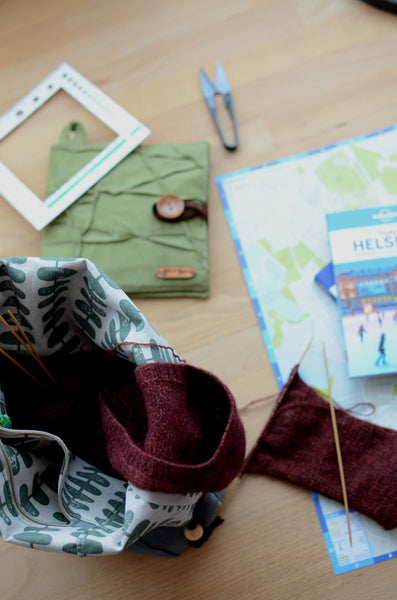 how to prepare knit and crochet for your travel