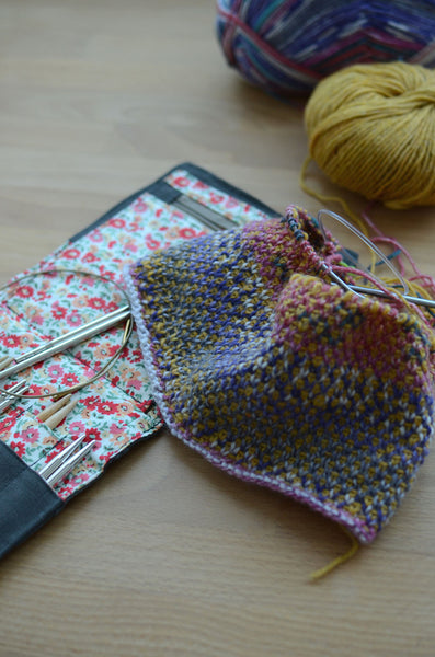 unusual, different, reversible knitting stitch pattern for beginners
