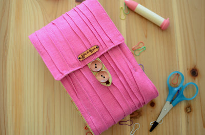 Store all your circular knitting needle set in one needle case