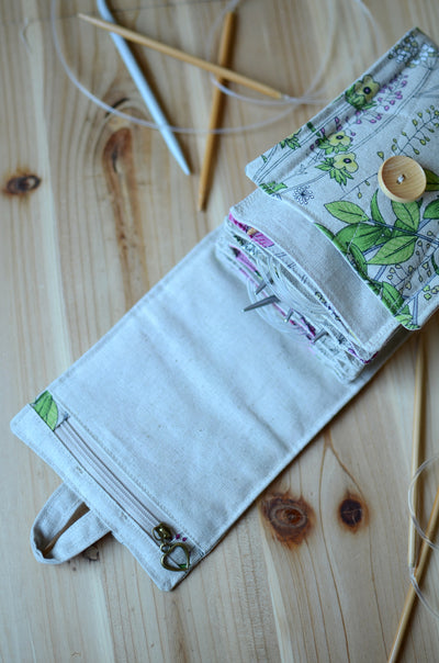 Knitting needle storage for Circular needles with notion zipper pocket