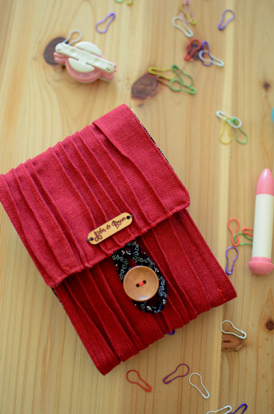 Large crochet hook case for a full crochet hook set