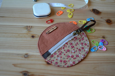 Unique zipper pouch for your knitting notions: great for stitch markers, progress keepers, scossors and more