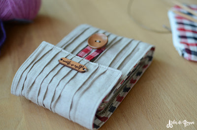 Interchangeable knitting needle holder One-of-a-kind collectible