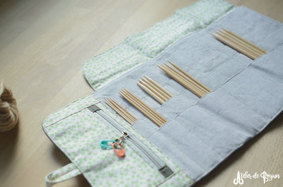 The best gift for knitters! Original art work knitting needle case