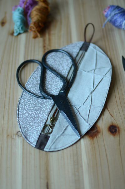 Notion pouch for scissors and knitting accessories