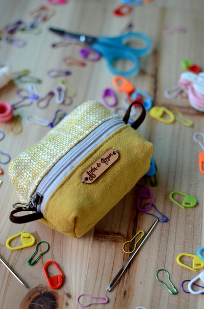 Handy mini box pouch for your crochet essentials/ Tweed mustard