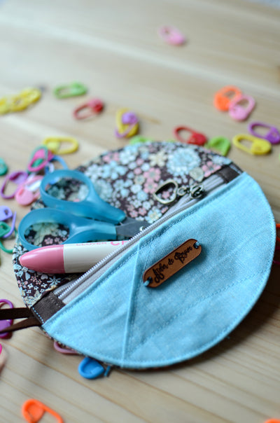 Perfect for gift exchange, stocking stuffer, and self-gifting / Mini zipper case