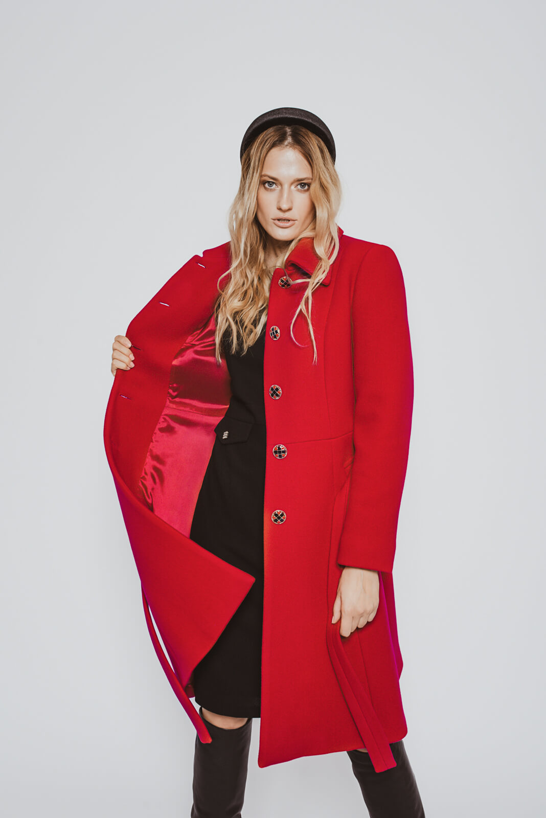 'Rania' red wool princess coat