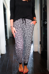 Snow Leopard Drawstring Everyday Joggers