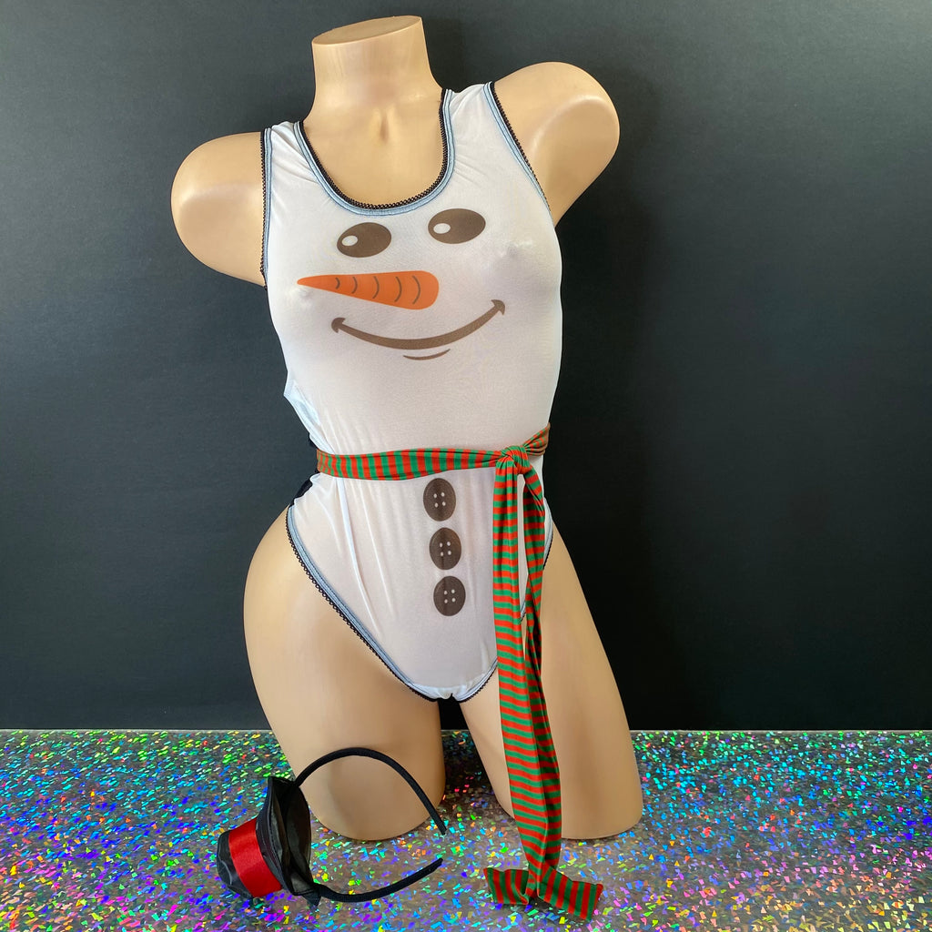 Feelin' A Little Frosty - Golddiggers Boutique