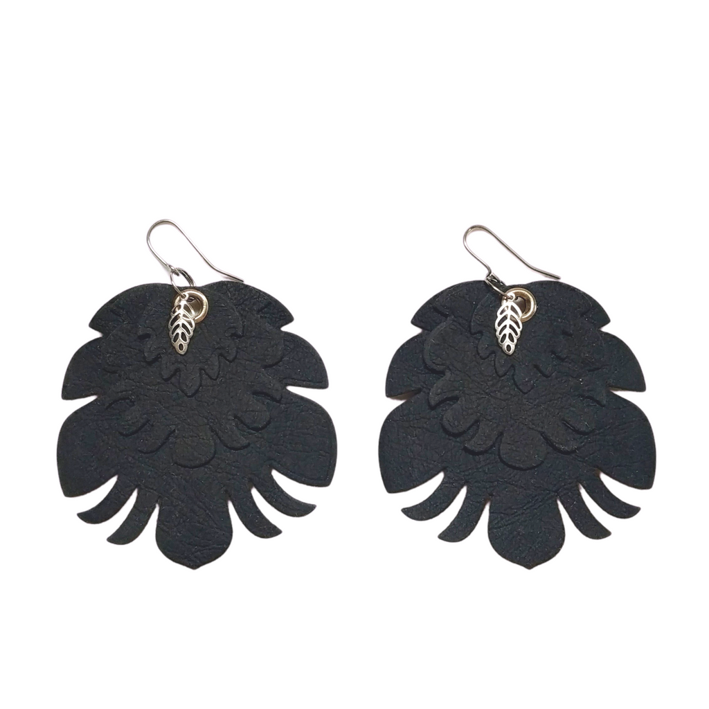 BIG AGED BLACK EARRINGS