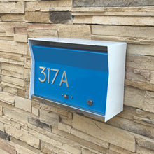 RetroBox Locking Wall Mounted Mailbox in Arctic White
