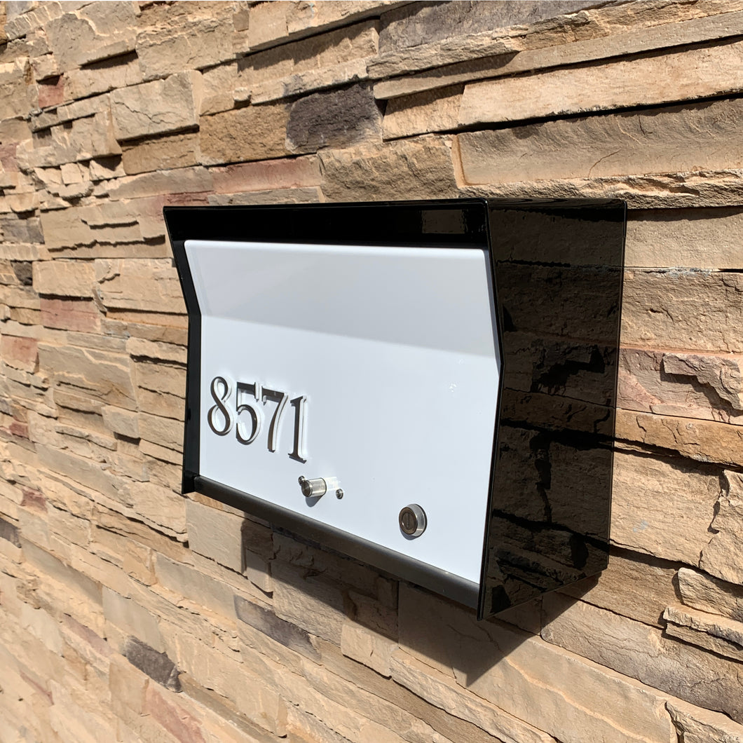 RetroBox Locking Wall Mounted Mailbox in JetBlack