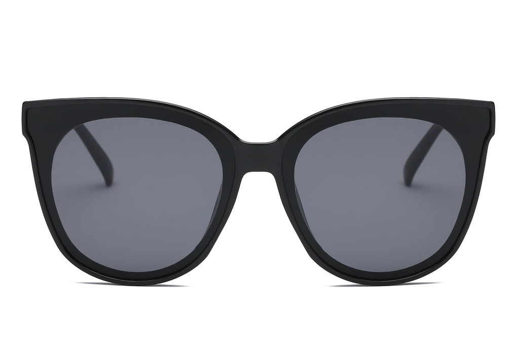 women fashion round cat eye sunglasses with black frame and smoke lens