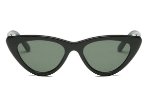 women retro vintage cat eye sunglasses with black frame and smoke lens