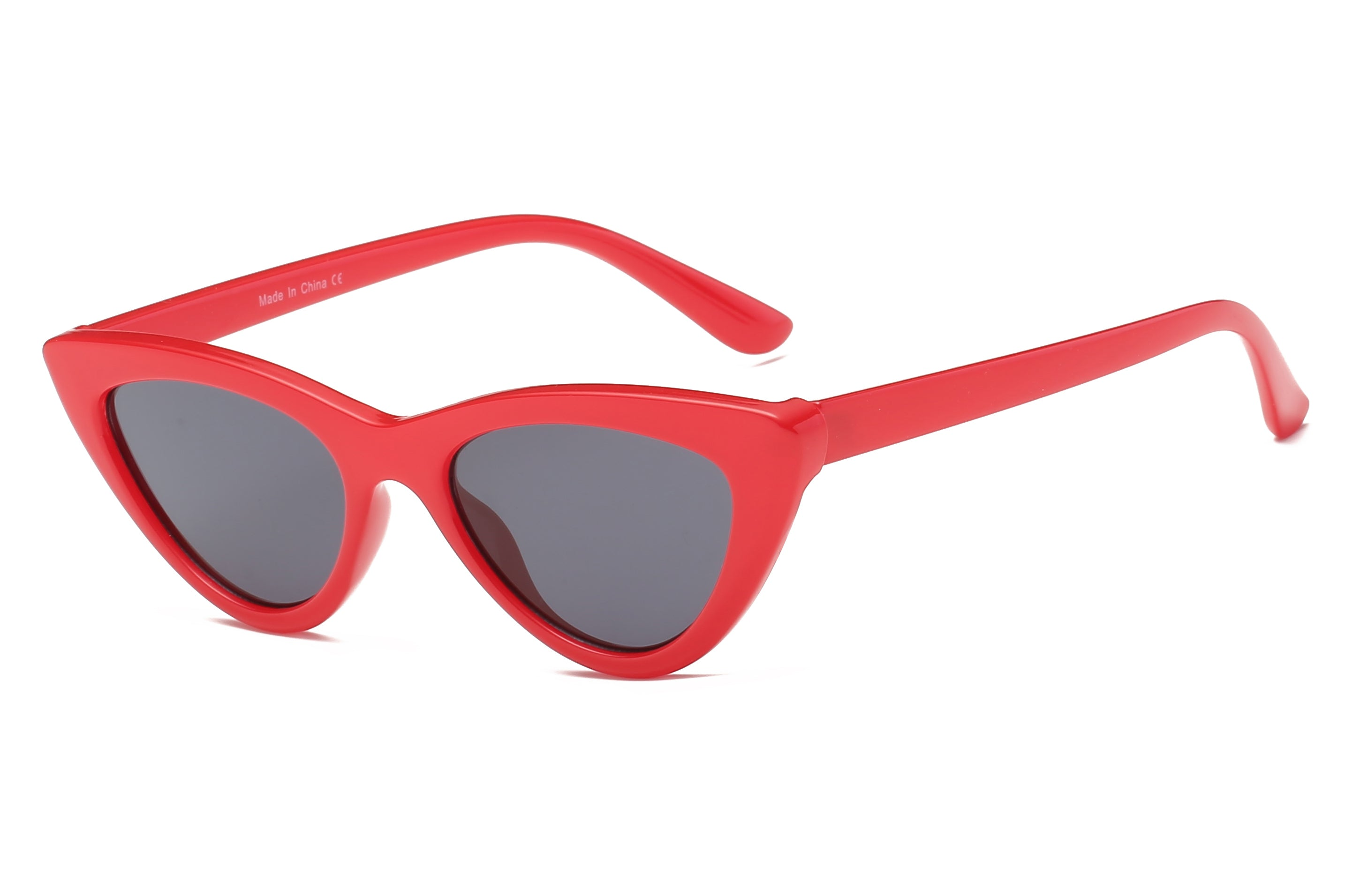 women retro vintage cat eye sunglasses with red frame and smoke lens