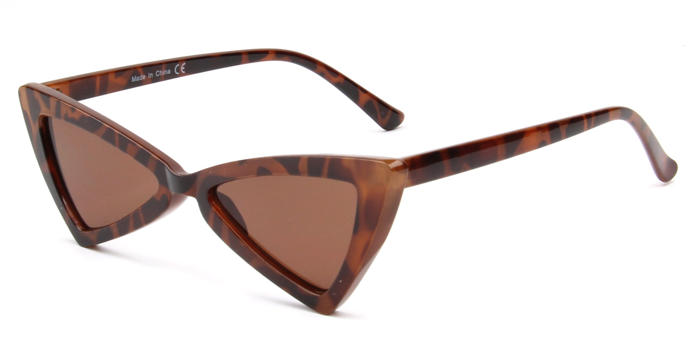 Akcessoryz-women cateye sunglasses with brown lens and tortoise frame