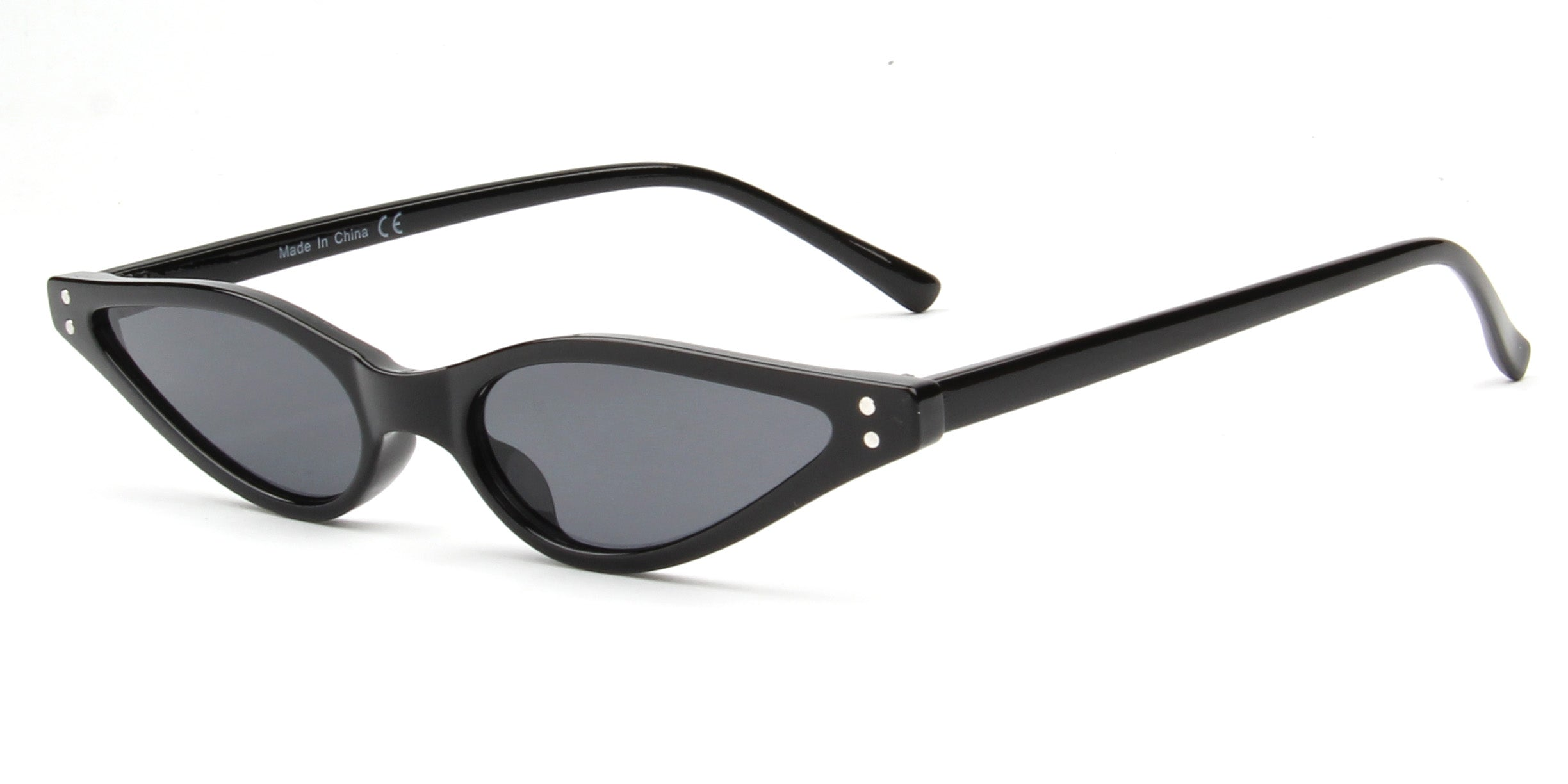 Akcessoryz-women small round oval sunglasses with black lens and black frame