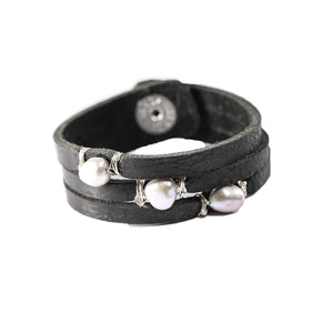 Mini Cinco Leather Wrap Bracelet Black-Liv & B