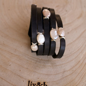 Cinco Leather Wrap Bracelet Black-Liv & B