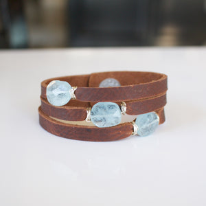 Mini Cinco Leather Wrap Bracelet Brown