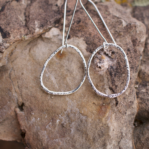 Molly Circle Hoop Earrings-Liv & B