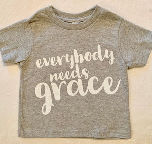"Toddlers fine Jersey T-shirt ""Everybody Needs Grace"" in Heather Gray"