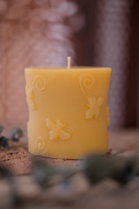 Buzzing Bee Candle
