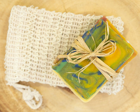 Soap Sample Gift Set with Soap Saver! Great for Travel or Guests