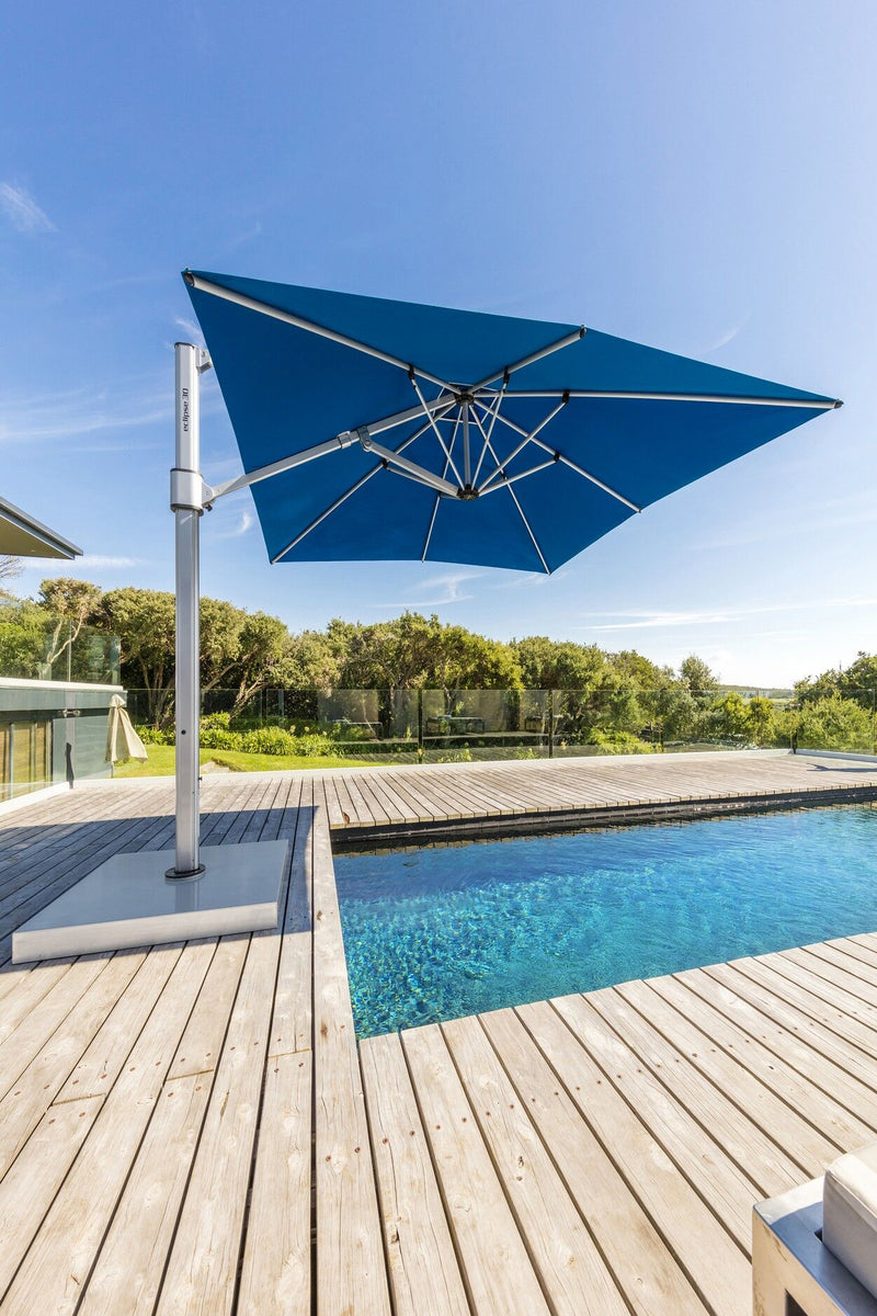 Eclipse (4m x 3m) 100% solution dyed acrylic® canvas cantilever umbrella - All weather®