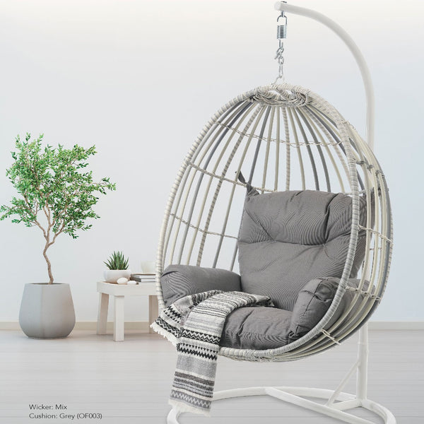 New moon Premium Solaris® wicker hanging Egg chair