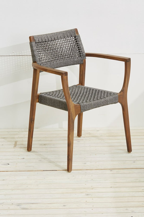 Sunqueen carver chair