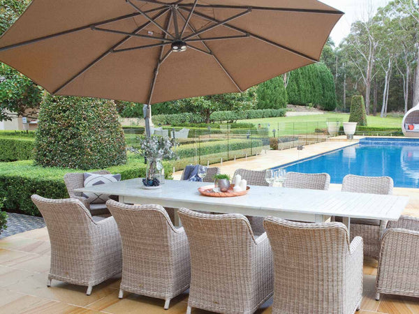 SAVANNAH 350cm Oct Cantilever Umbrella with base