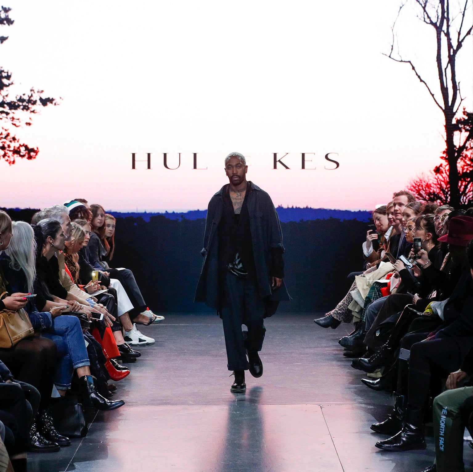 HUL LE KES CATWALK PICTURES