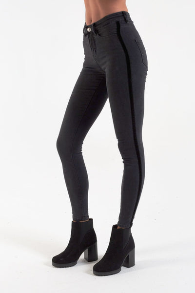 DEMI MW SKINNY WASHED BLACK