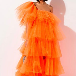 Orange Maxi, Couture