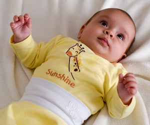BABY OUTFIT: Yellow GIRAFFE. BABY NAME SHIRT!