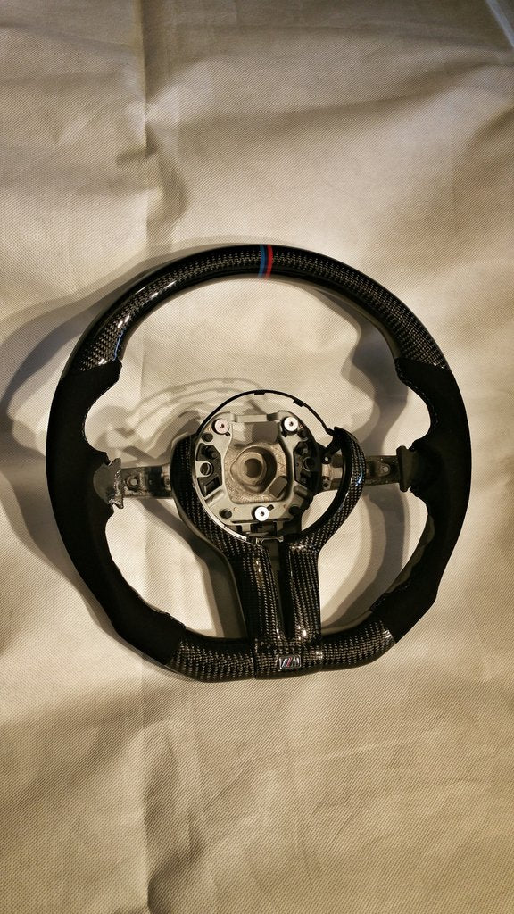 DINMANN CF – Carbon Fiber Steering Wheel for BMW F10 M5 F06 F1X M6