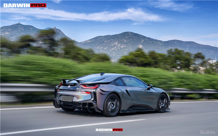 DarwinPRO BMW i8 BZK Pair of Carbon Fiber Side Skirts W/ Aero Splitters 14-17