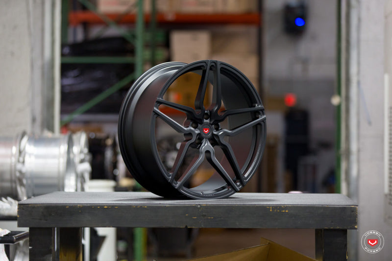 VOSSEN FORGED  HC Series  HC-2