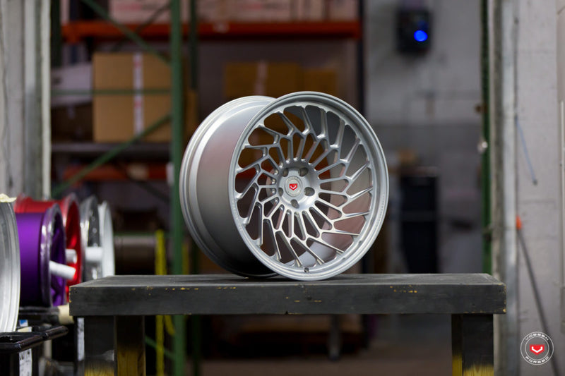 VOSSEN FORGED  M-R Series  ML-R2