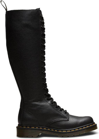 Dr. Martens 1B60 Virginia 20-Eye Boots Smooth Black