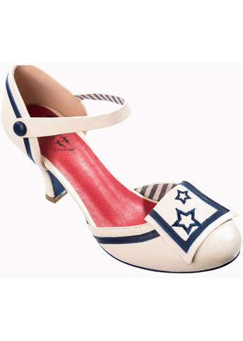 Banned Beaufort Spice Pumps White